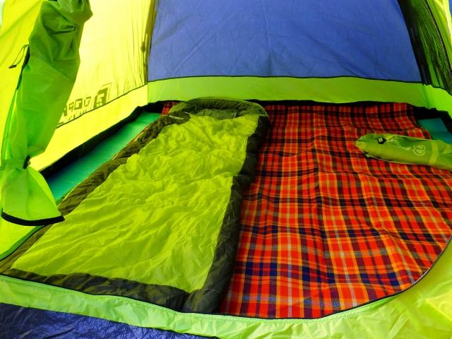 キャンプインストラクターになるための講習会で設営したテント